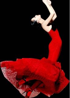 红色礼服女人图片