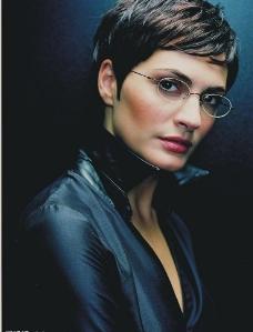 眼镜美女图片