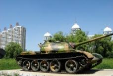 城里的坦克图片